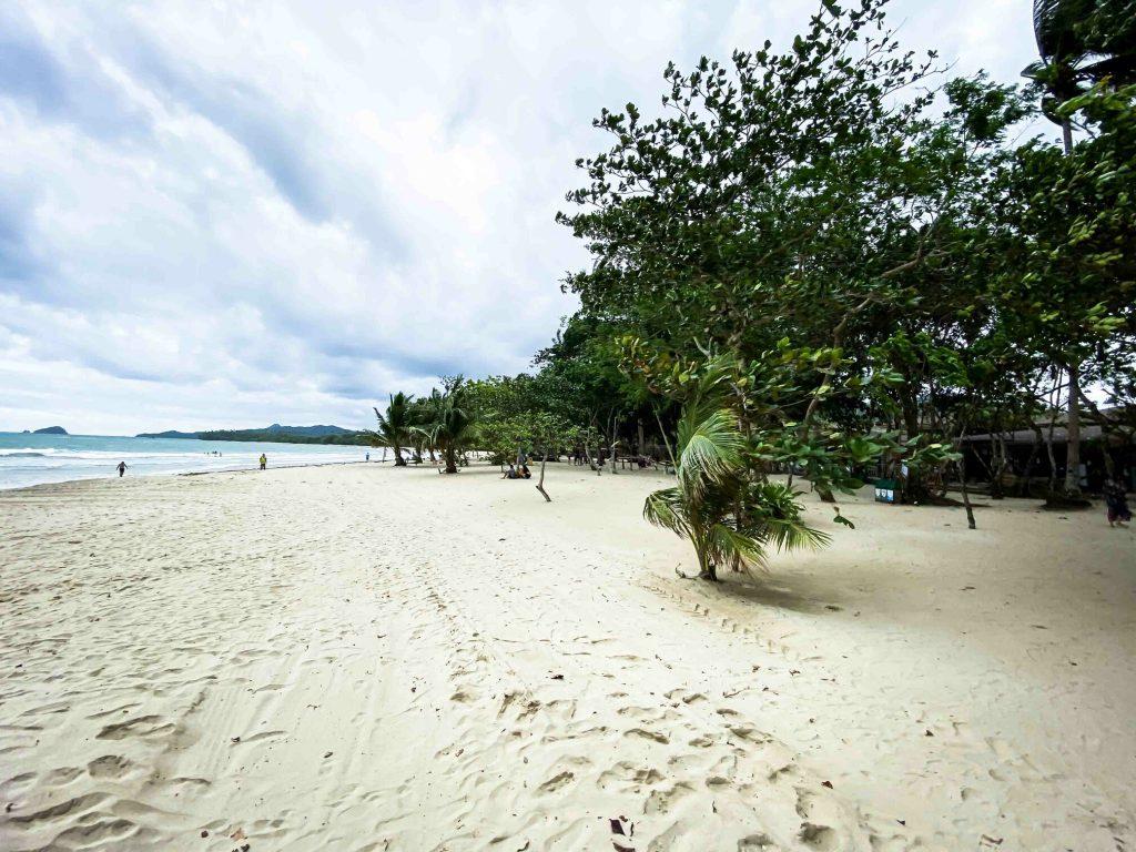 愛妮島五天四夜-lio beach