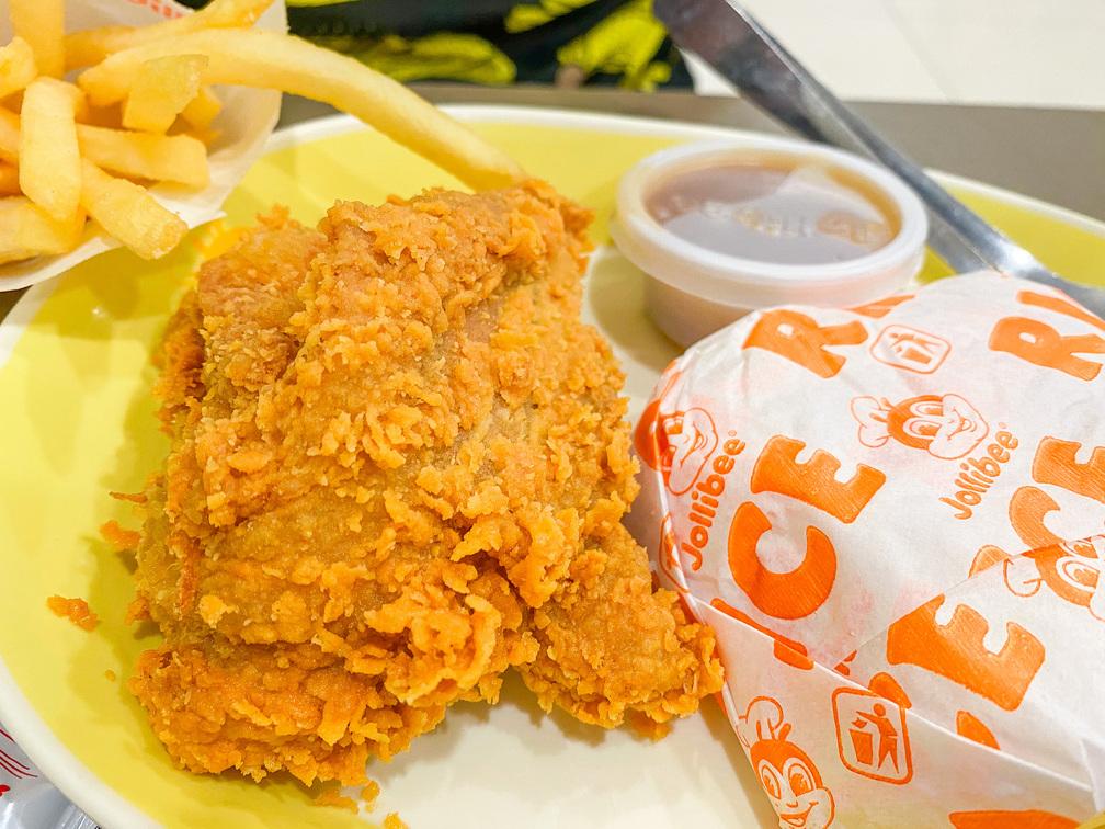 愛妮島五天四夜-炸雞漢堡